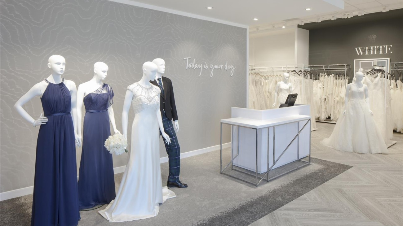 David's Bridal Breahead Welcome Desk