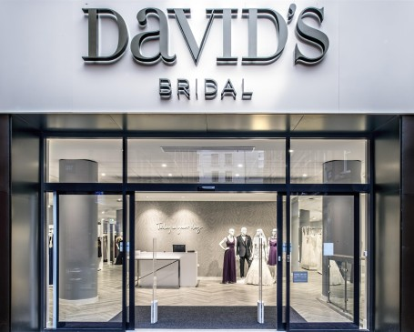 davidsbridal-2656-custom-5857c39180d63.jpg (News / Person 2 column)