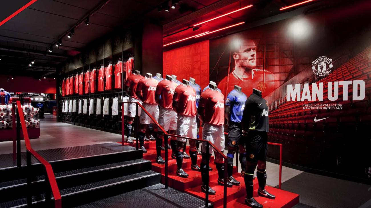 45695a20270 Manchester United Megastore Entrance